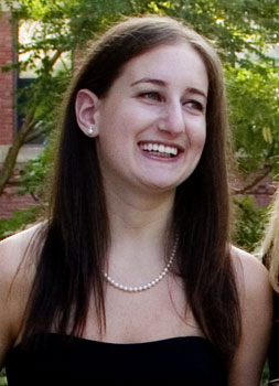 <p class='hname'>Stephanie Kaplan</p><p class='hco'>Her Campus</p>