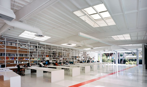 <p class='hname'> <a href='http://www.inc.com/ss/worlds-coolest-offices-2010/coolest-use-space'>Lehrer Architects</a> | Los Angeles, California | Making the Best Use of Space </p>